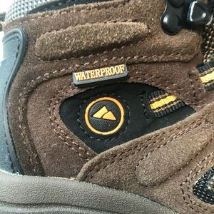 Outland Shoes - Outland Brown Waterproof Suede Boots
